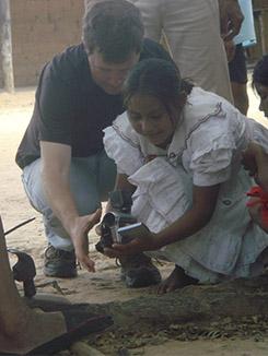 Shine a Light - Project Sáliba - Kurt teaching Sáliba Girl how to Film